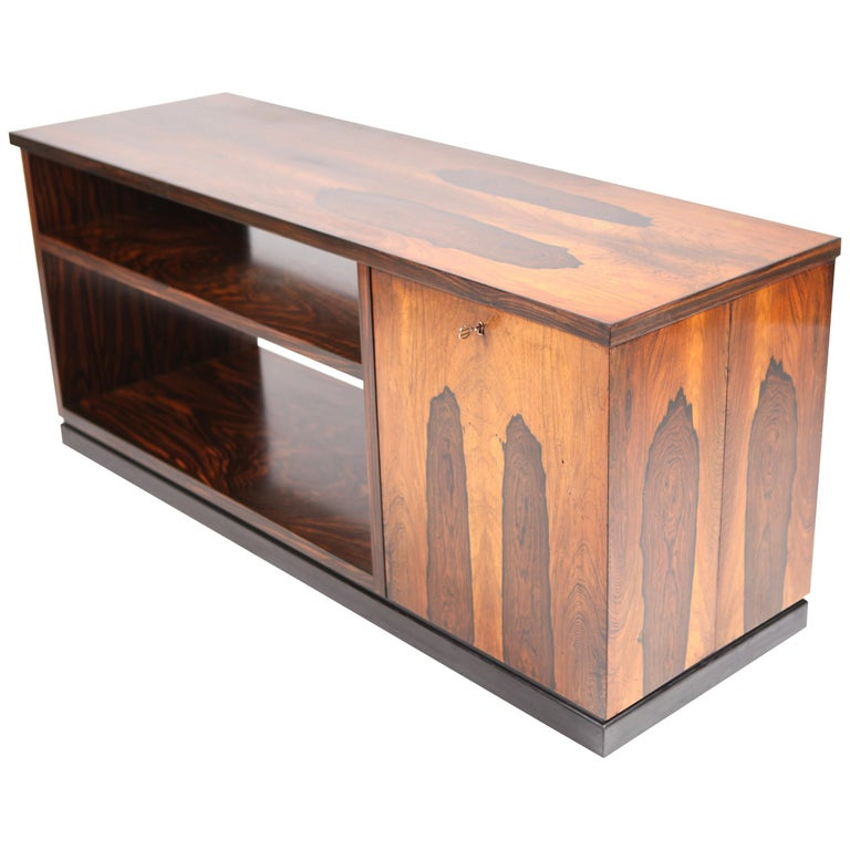 David Blomberg, Rosewood Bar Cube with Shelf, Sweden 1930s.